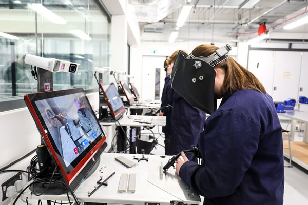 Advance Virtual Reality Welding